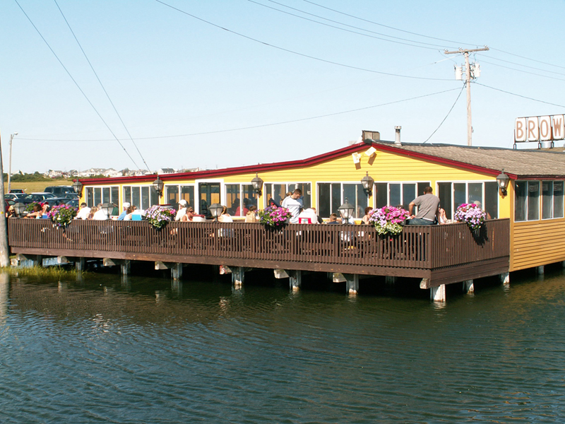 Browns Beach Restaurant